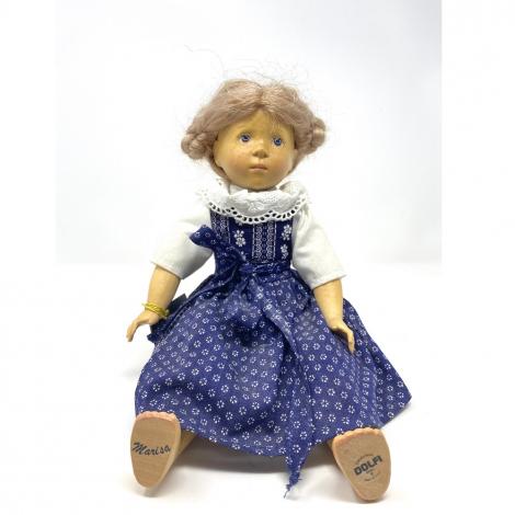 BAMBOLA MARISA scolpita in legno